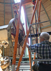 VAN VLECK REFRACTOR: TELESCOPE RESTORATION PROJECT BEGINS